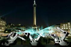Actualité / 'Outrace', une installation géante à Trafalgar Square / étapes: design & culture visuelle