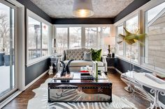 Sunroom Furniture To Match Your Sunroom Design Style: Reinvent The Traditional Notion Of A Seasonal Room Luxury Home Decor, Luxury Homes, Room Color Design, Mirrored Coffee Tables, Mirrored Table, Mirrored Furniture, Modern Furniture, Sunroom Decorating, Sunroom Ideas