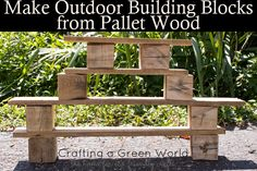 Make your kiddos a set of outdoor building blocks, using nothing more than a wooden pallet.