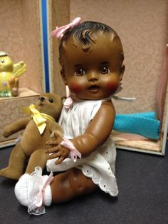 """Sweet 1950's """"So Wee """" Baby Doll - """"Sun Rubber Co.""""- """"Ruth E. Newton"""" & Trunk!   #DollswithClothingAccessories"""