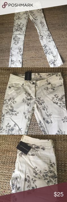 Floral jeans Never worn, new with tag Promod Jeans
