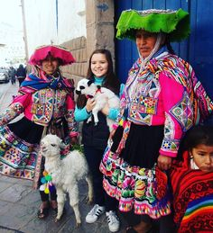 Experience the goodness of living with the locals while volunteering in Peru  Photo courtesy: Samantha  #culture #life #peru #instadaily #iamvolsoler #volunteeringsolutions #fun #happy #happiness #lhama #travel #volsolperu #traveller #cnn #bbc #natgeo #getsetgo