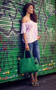 Soiho Urban Clothes también con camisetas para ellas.