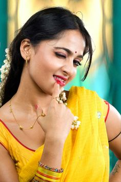 Figurative anushka shetty from vedam