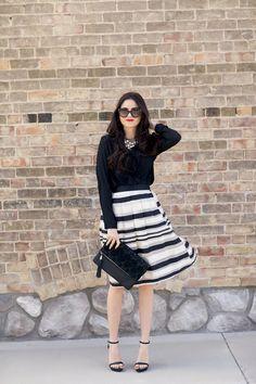 black-and-white-stripe-midi-skirt.jpg 685×1,028 píxeles
