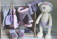 """Студия """" Кукольный дом """" Sewing Doll Clothes, Crochet Doll Clothes, Sewing Dolls, Knitted Cat, Knitted Dolls, Crochet Dolls, Crochet Animal Patterns, Stuffed Animal Patterns, Crochet Animals"""