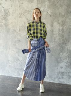 Cheap Women S Fashion Websites New Fashion, Runway Fashion, Fashion Outfits, Womens Fashion, Gingham Skirt, Comme Des Garcons, Colourful Outfits, Summer Collection, Women Wear