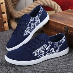 Find More Men's Casual Shoes Information about Factory outlets 2015 Fall New Fashion Breathable Casual Men Shoes Korean tidal low top Blue canvas shoes Leisure Printing Shoes ,High Quality shoes cords,China shoe box shoes Suppliers, Cheap shoes childrens from Fashion Boutique Discount Stores on Aliexpress.com
