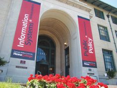 Weeks after announcing plans to establish a new academic hub, Carnegie Mellon University will further transform its Pittsburgh campus through a gift from The Heinz Endowments. The $10 million gift will allow the university to renovate and expand Hamburg Hall, home to its H. John Heinz III College.