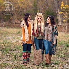 Love the outfits. I would use vegan accessories and shoes Country Girl Style, Country Girls, Western Chic, Western Wear, Country Outfits, Western Outfits, Fall Winter Outfits, Autumn Winter Fashion, Curvy Fashion
