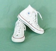 0cdc110d12d Converse All Star Chuck Taylor Sz 4 Mens High Top Lace Up Sneakers White  Unisex