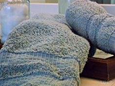 How to get that musty smell out of laundry...laundry tips, household tips, cleaning tips