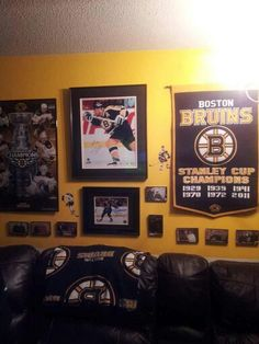 . Bruins themed room.