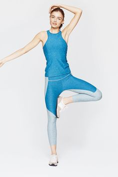 Part of the OV Core group. Our signature 10-panel leggings are cropped to 3/4 length. The Warmup's compression lifts and smooths prompting a comfortable and super-versatile pant. Also good for those w
