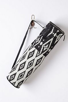 I would love to try and weave a bag that looked like this // Asana Yoga Mat Bag - anthropologie.com