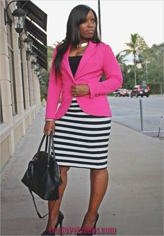 Curves and Confidence Inspiring Curvy Fashionistas One Outfit At A Time: October 2012 Beauty And Fashion, Curvy Girl Fashion, Fashion Blogger Style, Work Fashion, Plus Size Fashion, Womens Fashion, Petite Fashion, Feminine Fashion, Office Fashion