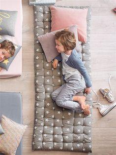 plus de 1000 id es propos de idees deco sur pinterest. Black Bedroom Furniture Sets. Home Design Ideas