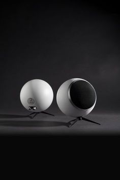 Find out all of the information about the Elipson product: floor-standing speaker BS 50 TRIBUTE. Audio Design, Speaker Design, Sound Design, Wireless Speakers, Bluetooth, Portable Speakers, Floor Standing Speakers, Design Model, Box Design