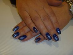 Acrylic nails with Gelish Gel Polish and konadstamp