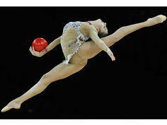 Evgeniya Kanaeva, Rhythmic Gymnast (Russia) beautiful probably my new favorite Olympic sport!