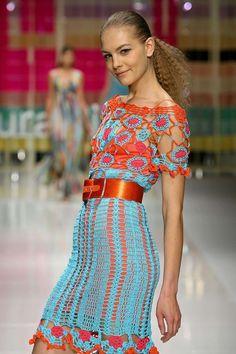 Laura Biagiotti: Crochet Dress, Spring Summer 2006, with full pattern