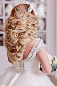Wedding Hairstyles : Gallery: Elstie Long Wedding Hairstyles and Wedding Updos 3 Deer Pearl Flowers Homecoming Hairstyles, Wedding Hairstyles For Long Hair, Boho Hairstyles, Formal Hairstyles, Vintage Hairstyles, Hairstyle Ideas, Hairdos, Photomontage, Wedding Hair Inspiration