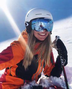 So ready for ski season! Mode Au Ski, Oakley Flight Deck, Ski Bunnies, Ski Girl, Snow Pictures, Foto Casual, Ski Season, Ski And Snowboard, Ski Outfits