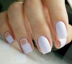 Semi-permanent varnish, false nails, patches: which manicure to choose? - My Nails Stylish Nails, Trendy Nails, Nail Deco, Beauty And More, Minimalist Nails, Manicure E Pedicure, Nagel Gel, Perfect Nails, Blue Nails