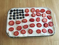 Recipe of the Week: No Bake Strawberry/Blueberry Cloud Cake