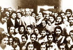 Avusturyalı Heykelci KRIPPEL Atatürk öyle bir insandır ki, hayali değildir. İstediğini bilir, bildiğini yapar, yapamayacağı bir şeyi de istemez.
