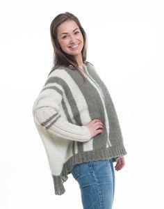 På tvers genser. Strikkes i børstet baby alpakka. Pullover, Studio, Sweaters, Fashion, Threading, Moda, Fashion Styles, Studios, Sweater