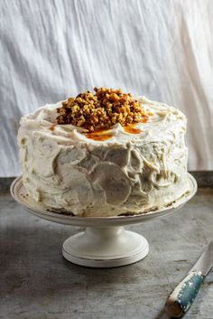 Sweet potato cake with Chantilly cream, maple buttercream and candied nuts   simplydelicious.co.za #recipe #cake #baking #Thanksgiving