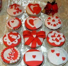 Cupcakes san valentin , corazón