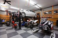 Pulaski Carriage House traditional garage and shed Garage Shop, Garage House, Garage Life, Design Garage, House Design, Garage Pictures, Garage Floor Tiles, Interior Design Minimalist, Cool Garages