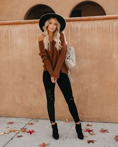 Caramel Macchiato Knit Sweater—LOVE this color! Trendy Fall Outfits, Outfits With Hats, Cute Casual Outfits, Winter Fashion Outfits, Mode Outfits, Fall Winter Outfits, Look Fashion, Autumn Winter Fashion, Womens Fashion