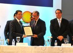 Revista El Cañero: La OMT reconoce al presidente Danilo Medina