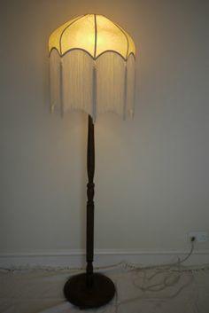 Vtg 50s 60s turned wood floor lamp and fringed shade - standard mid-century | eBay