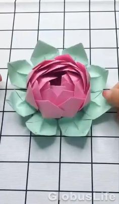 Cool Paper Crafts, Paper Flowers Craft, Paper Crafts Origami, Diy Paper, Paper Oragami, Paper Origami Flowers, Paper Cards, Diy Crafts Hacks, Diy Crafts For Gifts