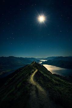 New Zealand Landscape, New Zealand South Island, Image Nature, Night Photos, Travel And Leisure, Landscape Photographers, Nature Pictures, Beautiful Landscapes, Travel Photos