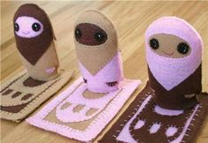 Cuddly Culture Dolls - These would be super simple to make! Just felt, embroidery floss and stuffing! Too cute and a super fun Ramadan Craft idea!