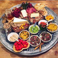 kaasplank #cheeseplatter #cheese #snacknight #hapjesavond #snacks