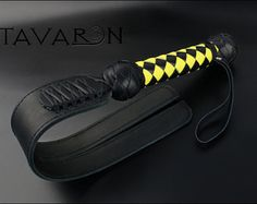 Black leather Flogger BDSM leather flogger by TAVARONsLEATHER