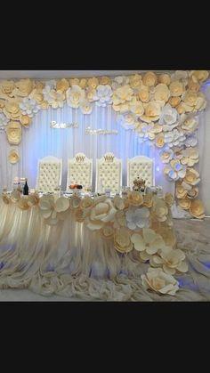 Бумажные помпоны, бумажные цветы,бумажный декор