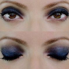 Julia Petit usou sombra azul marinho Vult no segundo dia da semana de...