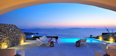 MYKONOS VILLA HEMERA Immerse in Mykonos summer, rethink easy living and savour your break.