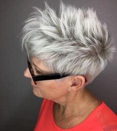 nice 85 Short Haircuts For Older Women - Reversing Old Age With Sassy Haircuts Check more at http://newaylook.com/best-short-haircuts-for-older-women/