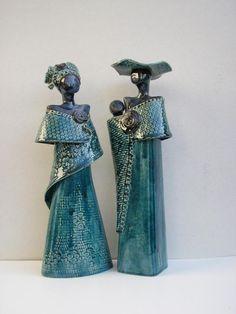 Wil van den Hoek Ceramic Figures, Ceramic Art, Pottery World, Ceramic Techniques, Art Techniques, Clay People, Raku Pottery, Pottery Classes, Sculpture Clay