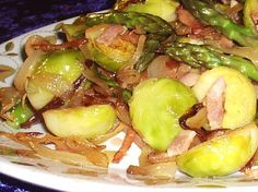 Caramelized Brussels Sprouts With Pecans Recipe - Food.com: Food.com