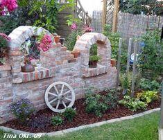 Exterior DIY red brick decorations – Ideas for a dream garden – Garden Projects Gnome Garden, Garden Art, Patio Pergola, Most Beautiful Gardens, Walled Garden, Red Bricks, Garden Structures, Dream Garden, Garden Projects