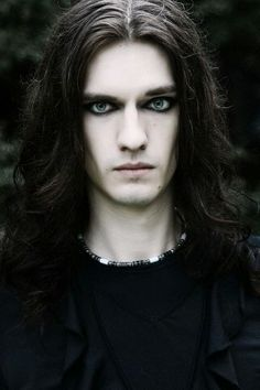 All time favourite :) i'm so so in love with this dark gothic guy!!! His eyes make me so death , and i like
